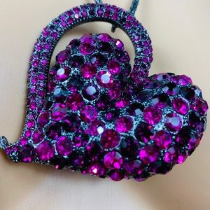 New Natasha  Heart Shaped necklace  pendant 💜